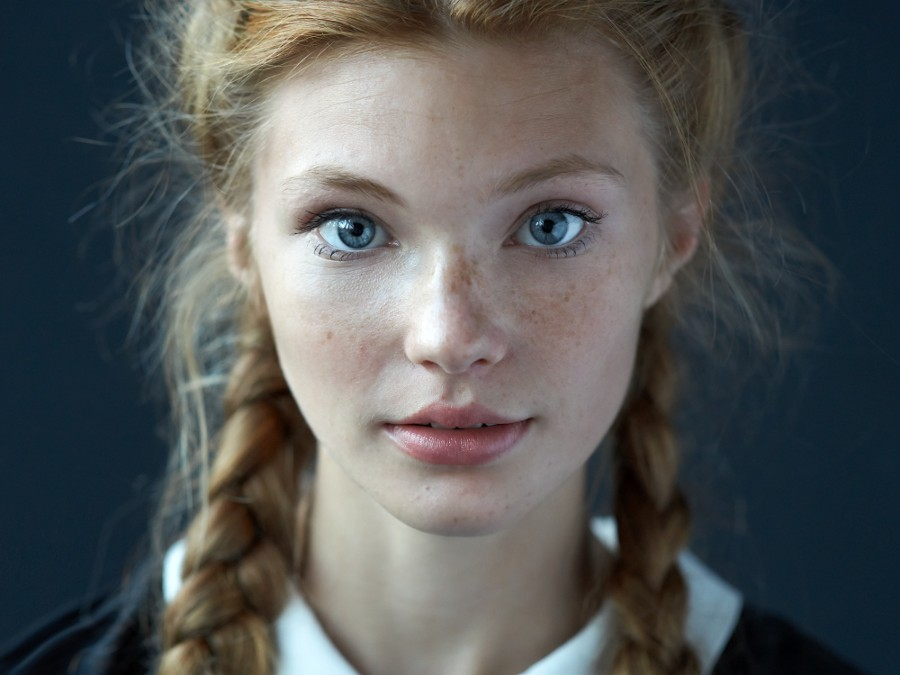 Examples of Beautiful Simple Portraits